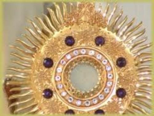 images e1346702300656 Imágenes de Jesús Sacramentado
