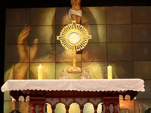 santisssimo e1346702200531 Imágenes de Jesús Sacramentado