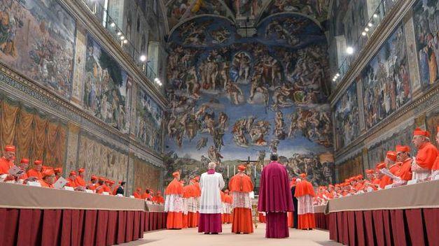 Inicio-cardenales-Capilla-Sixtina-AFP_TINIMA20130313_0390_18