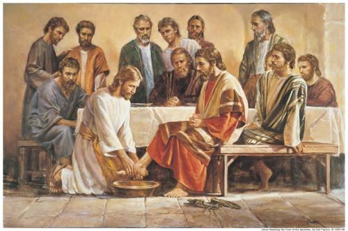 Jesus lavando los pies de sus discipulos